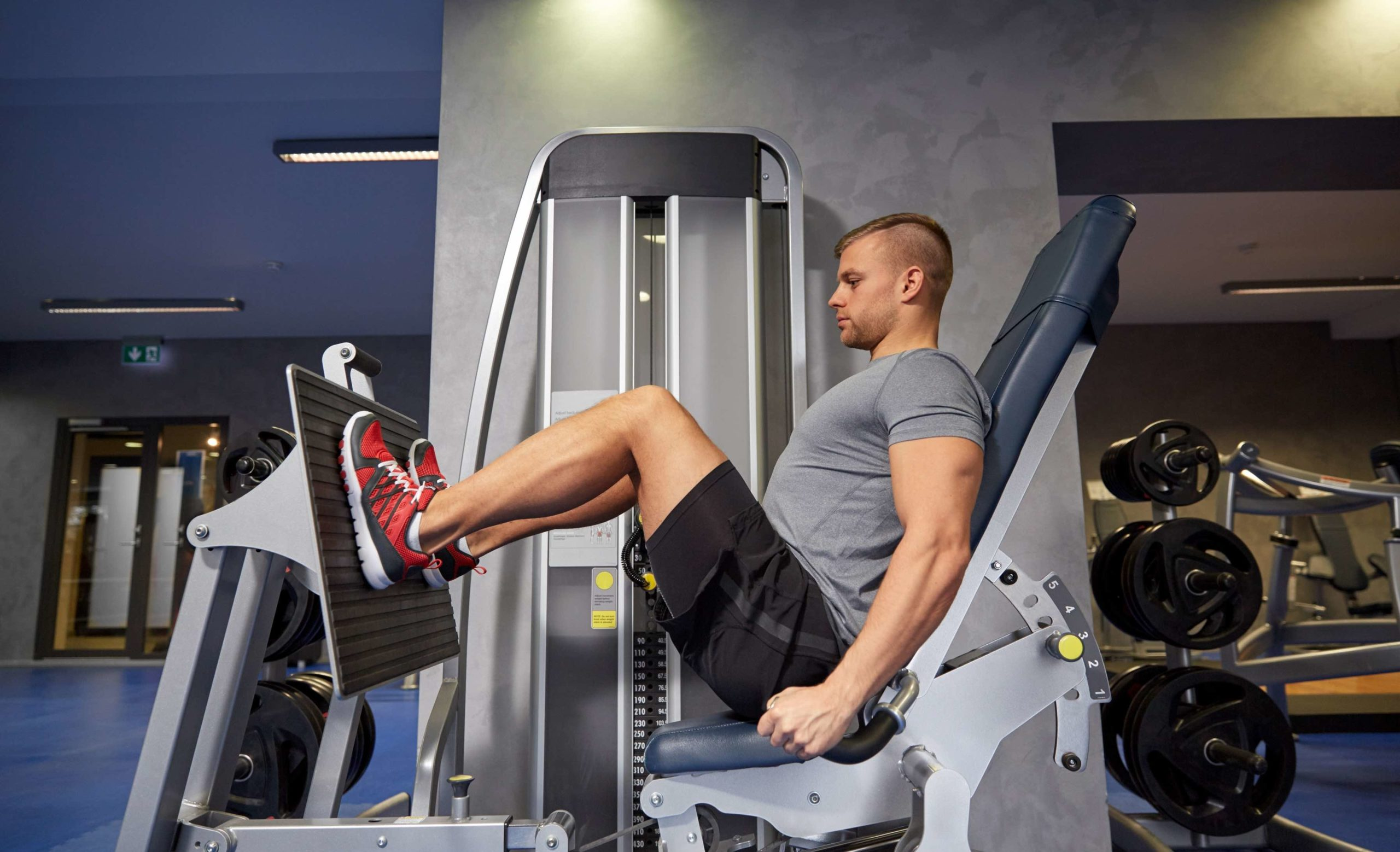 Leg strength training protects against back pain